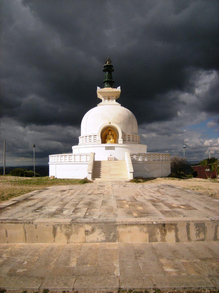 buddismo in italia pagoda della pace comiso
