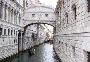 Cosa vedere a Venezia: ponte dei sospiri