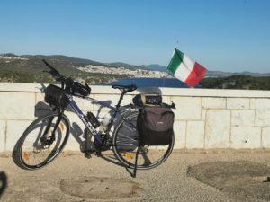 bicicletta simone luce a chi appartieni tour