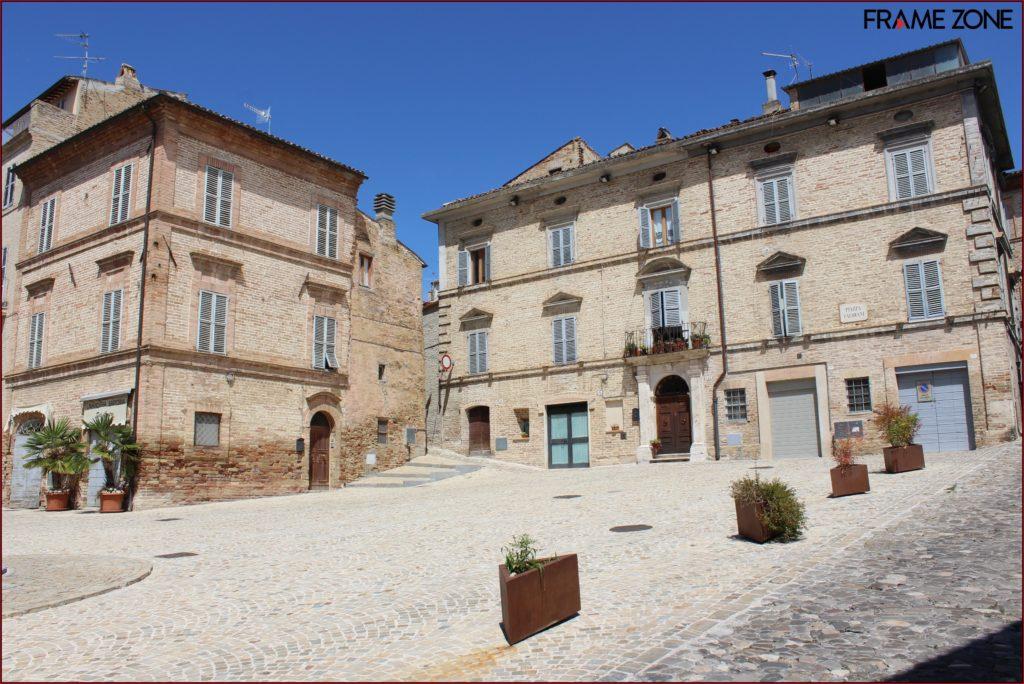piazza Valorani Offida