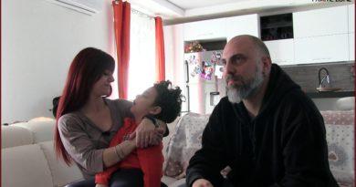 una cura per Samuel famiglia